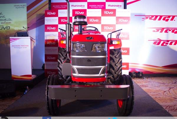It also possess high lift capacity hydraulic systems, making it suitable for various farming and haulage operations.